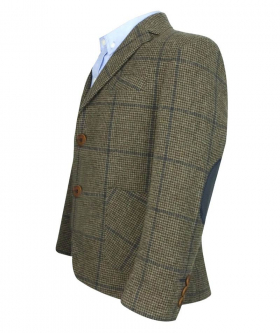 Side view from the blazer jacket and shirt of the Boys Herringbone Tweed 4 Piece Wool Suit in Brown and Navy Blue