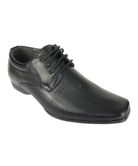 View of the right shoe from the Robert Simon Boys Patterned Lace Up Shoes in Black