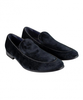 View from the pair of the Men's Italian Couture  Shoes Velvet Slip on Loafer in Black