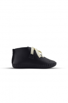 Baby Boys Genuine Leather Casual Newborn Crib Shoes in Black side details picture