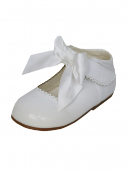 Girls White Hook And Loop Shoes With A Satin Bow view of the right shoe